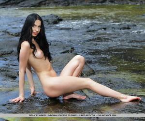 Teenager Euro stunner Dita V strutting nude outdoors on..