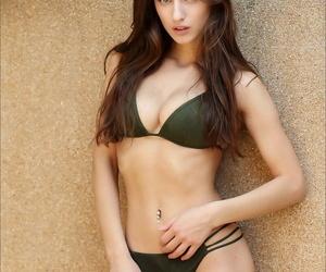 Super magnificent European brunette showering her juicy..