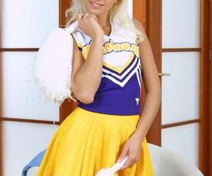 Frolic blonde cheerleader getting naked and exposing her..