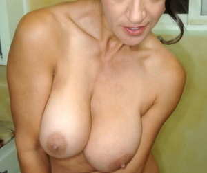 Older girl Persia Monir rails her absorption hitachi to..
