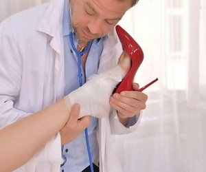 Horny doc's sole therapy - part 725