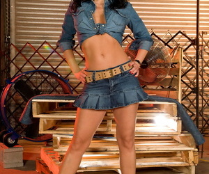 Denim clothed whore Krista Kaslo takes a warm shot of jism..