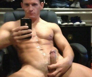 Photo bevy of sexy shirtless boyfriends selfpics - part 1865