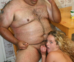 Diminutive girl Alexis Sunshine has sex with an obese stud..