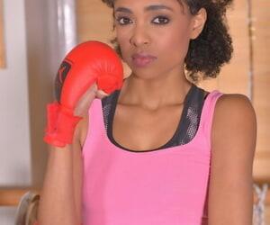 Toned ebony Luna Corazon jerking & the gym & playing on..