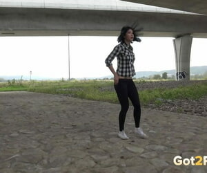 Girl with captured hair gets caught taking a piss outdoors..