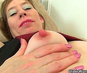 British milf Sexy P peels off her..
