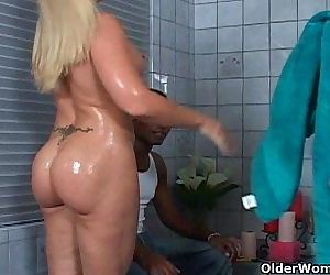 Anal sex threesome for milfs..