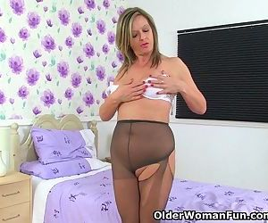Seductive mom from the UK will..