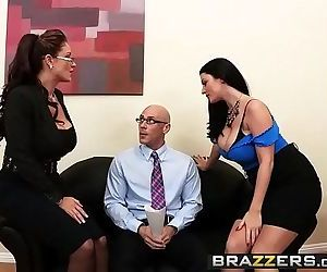 BrazzersAcing the Interview 8 min..
