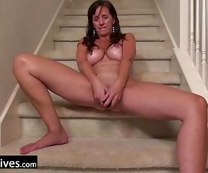 USAwives Mature Lady Excited For..