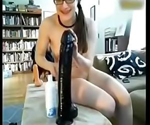Subby Cam Girl Stretches Ass..