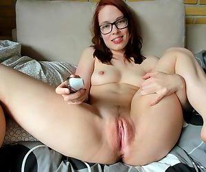 Intense Eye Contact Orgasm - Wet..