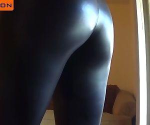 Leather Leggings Ass