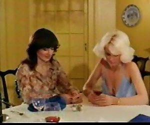 Mature - Veronica Hart and Honey..