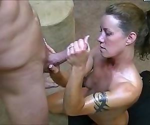 Hotwife gives 2..