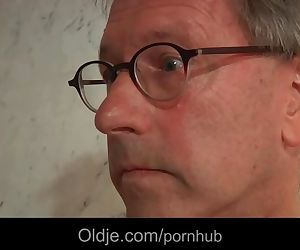 66 pervers old hotel client fucks..