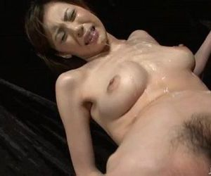 Slutty Natsumi lies down spreads..