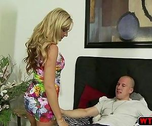 Super hot and horny MILF loves to..