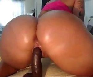 Slutscamgirls.comW..