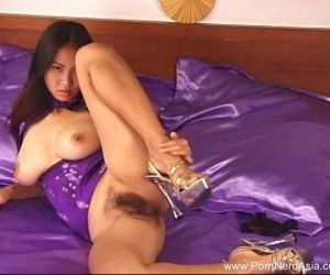 Amateur Asian With Natural Big..
