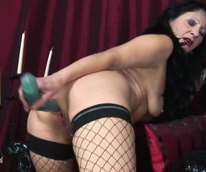 Kinky mama getting nasty with her..
