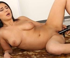 NATURAL Big Tits..
