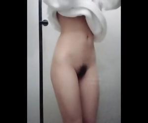 【淫乱眼镜娘..