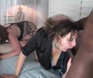 Amateur couples enjoying blowjobs..