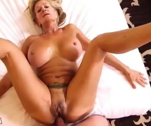 Horny Mature Woman with a..