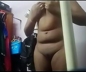Indian Housewife fingering..