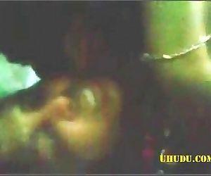குத்தறேண்டி முண்டை! -Desi Randi fucked - 9 min
