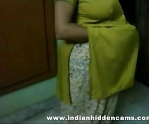 bigtits mature indian bhabhi..