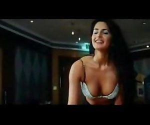 Katrina Kaifs Hot Video - 1 min 8..