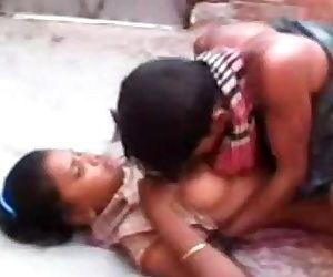 Desi Indian Randi Shaved Pussy..