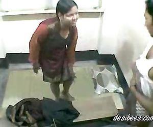 House wife escort ravaligoswami.com ravali goswami hard..