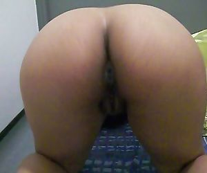 Ass cheeks to fantasize all day and night..now cheat on..