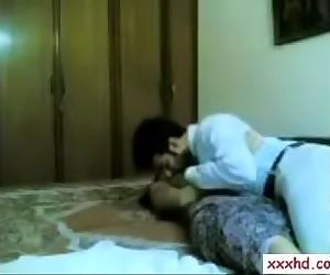 INDIAN COUPLE FUCKING AT HOME WITH CLEAR HINDI AUDIO 2015..