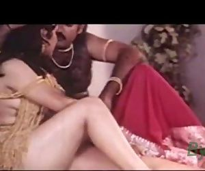 Indian Hot Sexy Actress Reshma Nude Video clip leaked -..