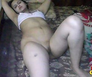 Sonia Bhabhi Indian Housewife Spreading Long Sexy Legs For..
