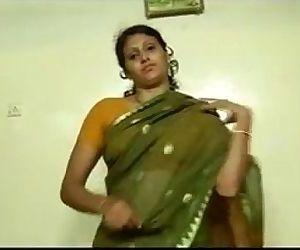 An indian mallu hot neighbour bhabhi teaching how to wear..