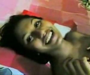 Brown Threesome - Hot Bengali Girl Smiling With Moans..