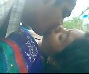 Bangladeshi Bhabi fucked Outdoor Jungle - 1 min 41 sec