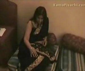 Indian couple honeymoon sex video - 4 min