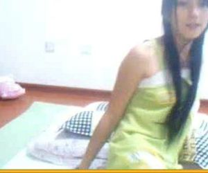 Innocent teen asian dancing and fingering on cam -..