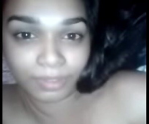 Indian Girl moaning loud 69 sec