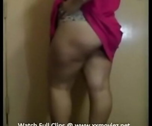 Indian Bhabhi Seductive sex 2 min