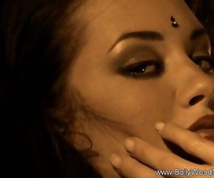 Seductress From India 11 min 720p