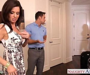 Brunettes India Summer and Veronica Avluv share a big dick..