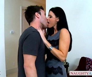 Stockinged India Summer gets facialized 8 min 720p